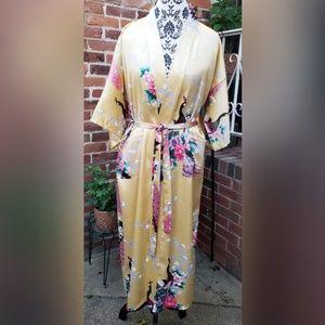 Pheasant Print Satin Like Robe